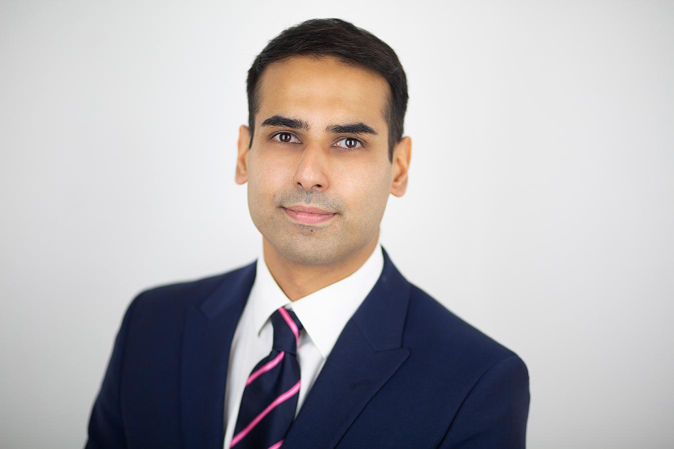 Photo of Dr Gulraiz Ahmad