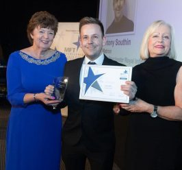 MFT Excellence Awards 2019/20: Patient Choice nominations are now OPEN!